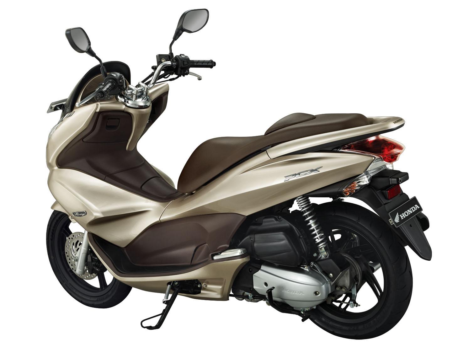 Harga Motor Yamaha R25 dan R15 2014 Indonesia Terbaru