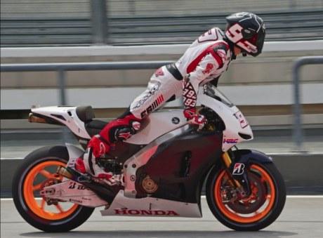 marc-marquez-honda-rc213v-motogp-test-sepang-2012-4