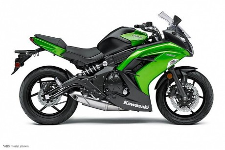 2014-kawasaki-ninja-650-shows-up-photo-gallery-medium_1