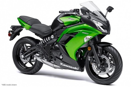 2014-kawasaki-ninja-650-shows-up-photo-gallery-medium_3