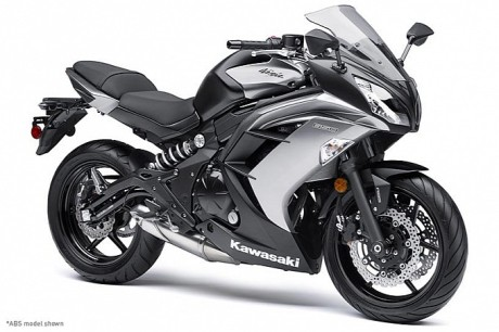 2014-kawasaki-ninja-650-shows-up-photo-gallery-medium_8