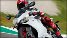 SBK-899-Panigale_2014_Amb02_W_1920x1080.mediagallery_output_image_[1920x1080]