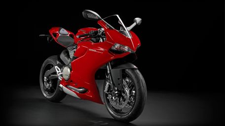 SBK-899-Panigale_2014_Studio_R_B01_1920x1080.mediagallery_output_image_[1920x1080]