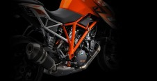 ktm-1290-super-duke-r-official-pics-and-specs-surface-photo-gallery-medium_6