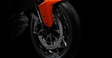 ktm-1290-super-duke-r-official-pics-and-specs-surface-photo-gallery-medium_7