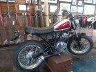 Scorpio Z modifikasi di workshop Deus ex Machina Indonesia di Bali