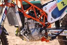 2014-KTM-450-Rally-race-bike-02