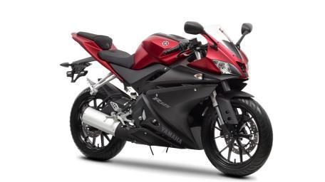 2014-Yamaha-YZF-R125-EU-Anodized-Red-Studio-001