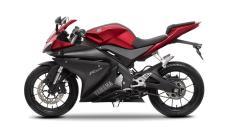 2014-Yamaha-YZF-R125-EU-Anodized-Red-Studio-006
