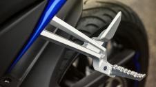2014-Yamaha-YZF-R125-EU-Race-Blu-Detail-002