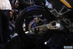 Bajaj-Pulsar-SS400-Auto-Expo-2014-16.jpg.pagespeed.ce.hb13IChisA