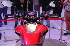 honda-reveals-cx-01-all-rounder-concept-photo-gallery-medium_18
