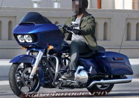 Harley-Davidson-Road-Glide-2015