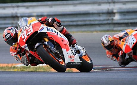 Marquez-dan-Pedrosa-Jajal-Honda-RC213V-Edisi-2015-di-Brno