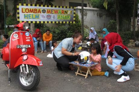 Kutu_Community_Lomba_Mewarnai_Helm_Anak_Jogja_02