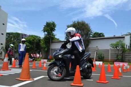 edukasi safety riding sambut tahun baru imlek (7)